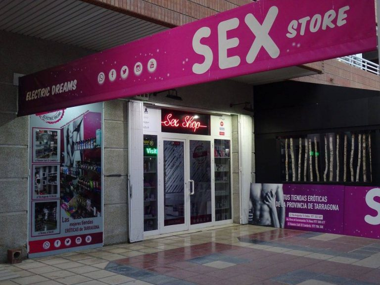 practica slowshopping electric dreams sex store 2505 200411194634 768x576